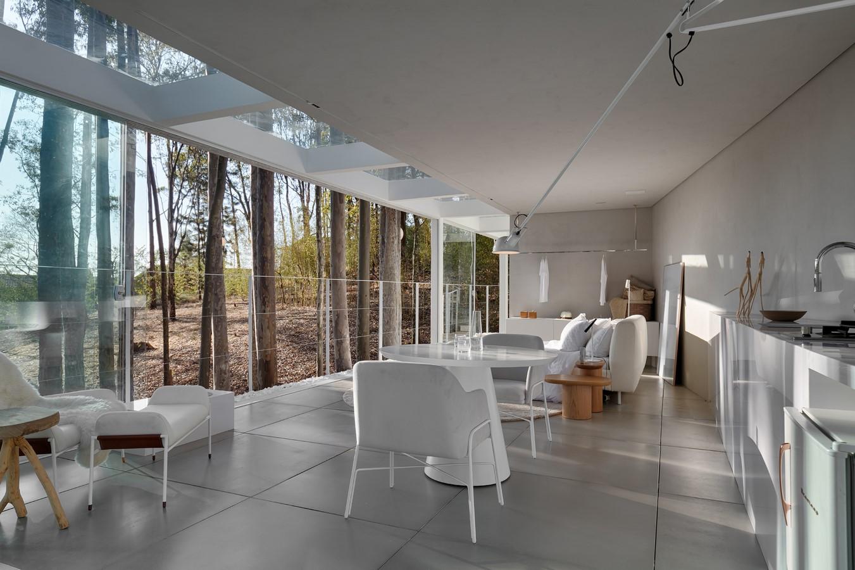 THE REFUGEE HOUSE - Sheet3