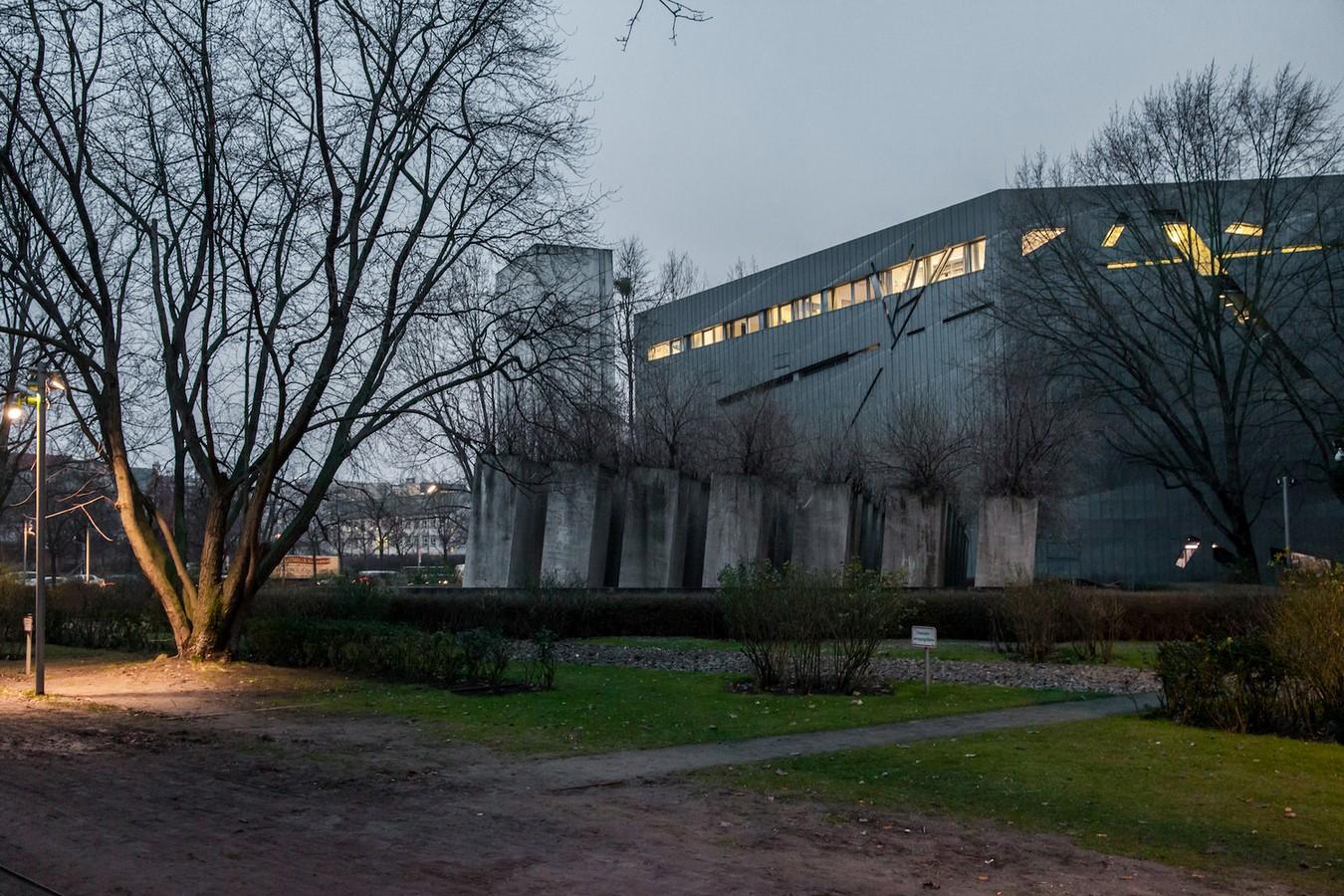 Jewish Museum, Berlin | Daniel Libeskind - Sheet4