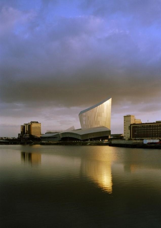Imperial War Museum, Manchester, UK | Daniel Libeskind - Sheet1