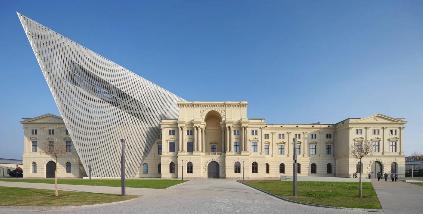 Imperial War Museum, Manchester, UK | Daniel Libeskind - Sheet3
