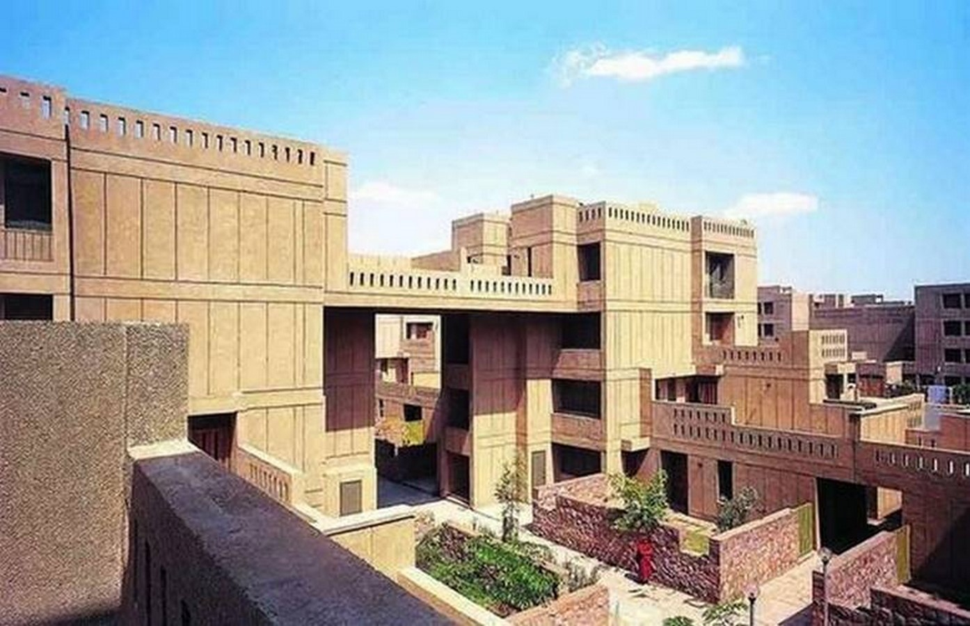 Indian architects that shaped the face of new India in post-independence era - Sheet15