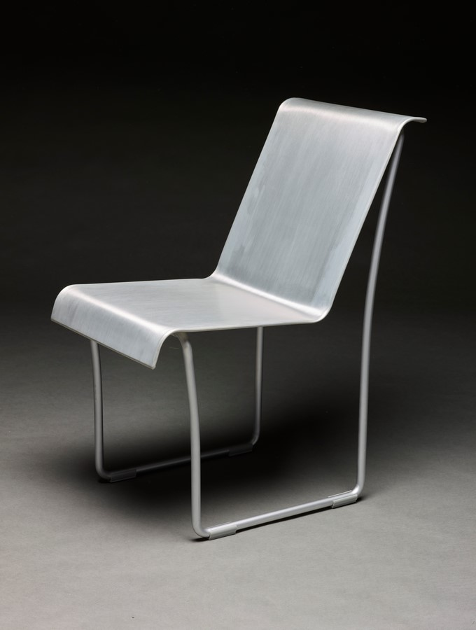 Superlight chair: Emeco + Frank O Gehry - Sheet1
