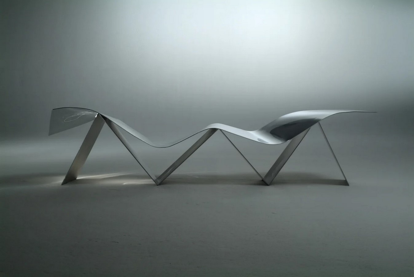 "Tuyomyo (Spanish for ""Yours and mine"": Emeco + Frank O Gehry - Sheet2"