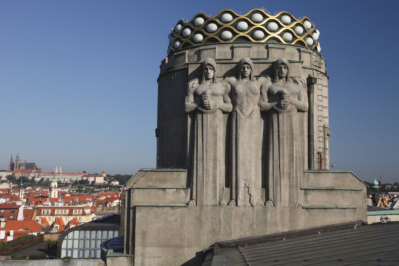Architectural styles that can be seen in Prague - Sheet28