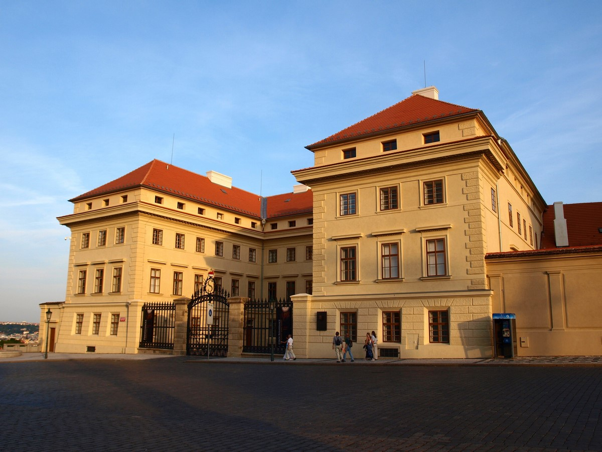 Architectural styles that can be seen in Prague - Sheet24