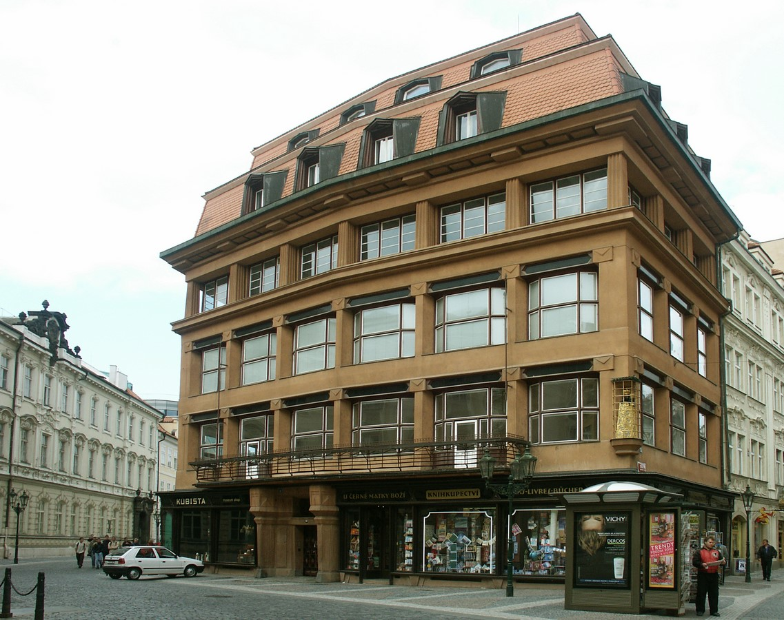 Architectural styles that can be seen in Prague - Sheet31