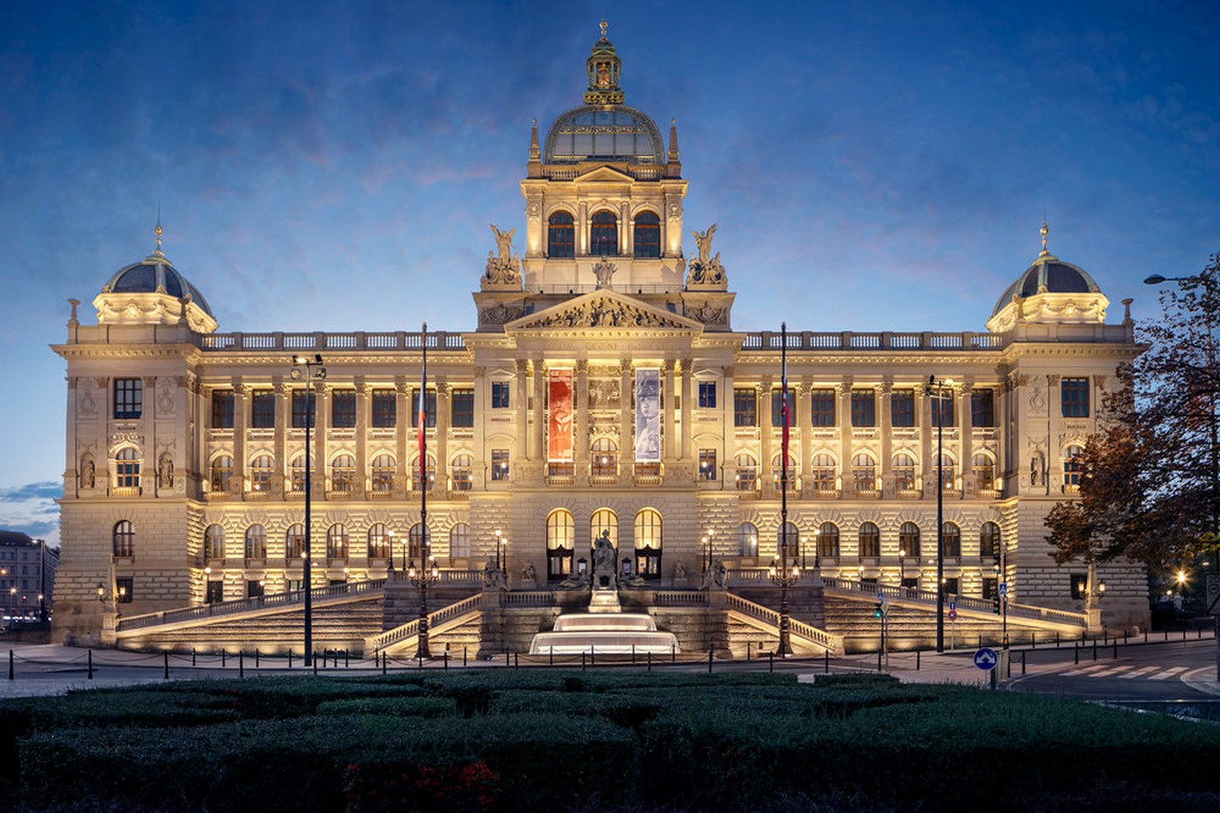 Architectural styles that can be seen in Prague - Sheet35