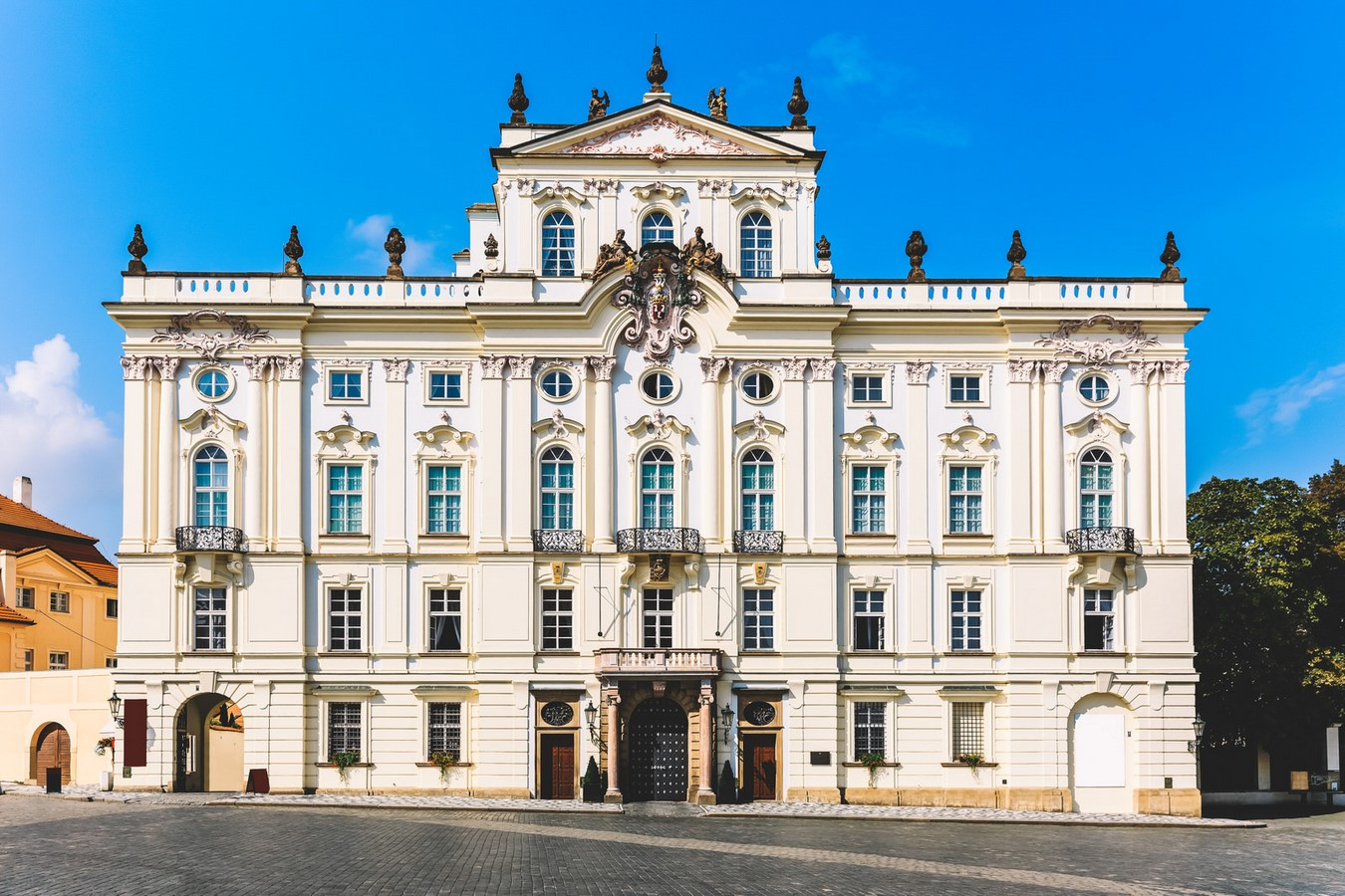 Architectural styles that can be seen in Prague - Sheet17