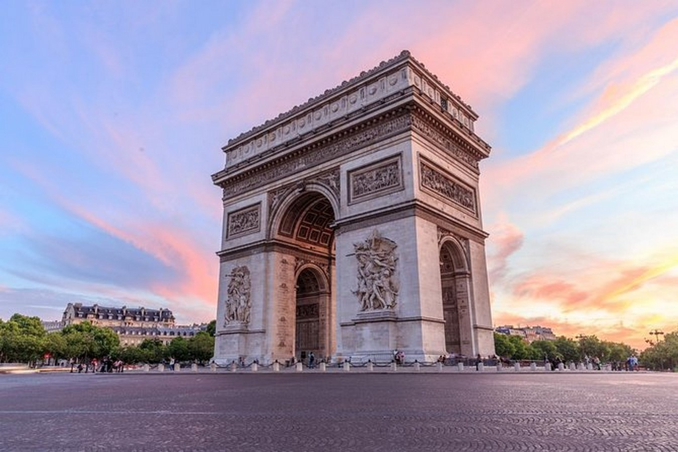10 Things you did not know about Eiffel Tower - Sheet13