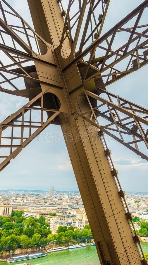 10 Things you did not know about Eiffel Tower - Sheet7