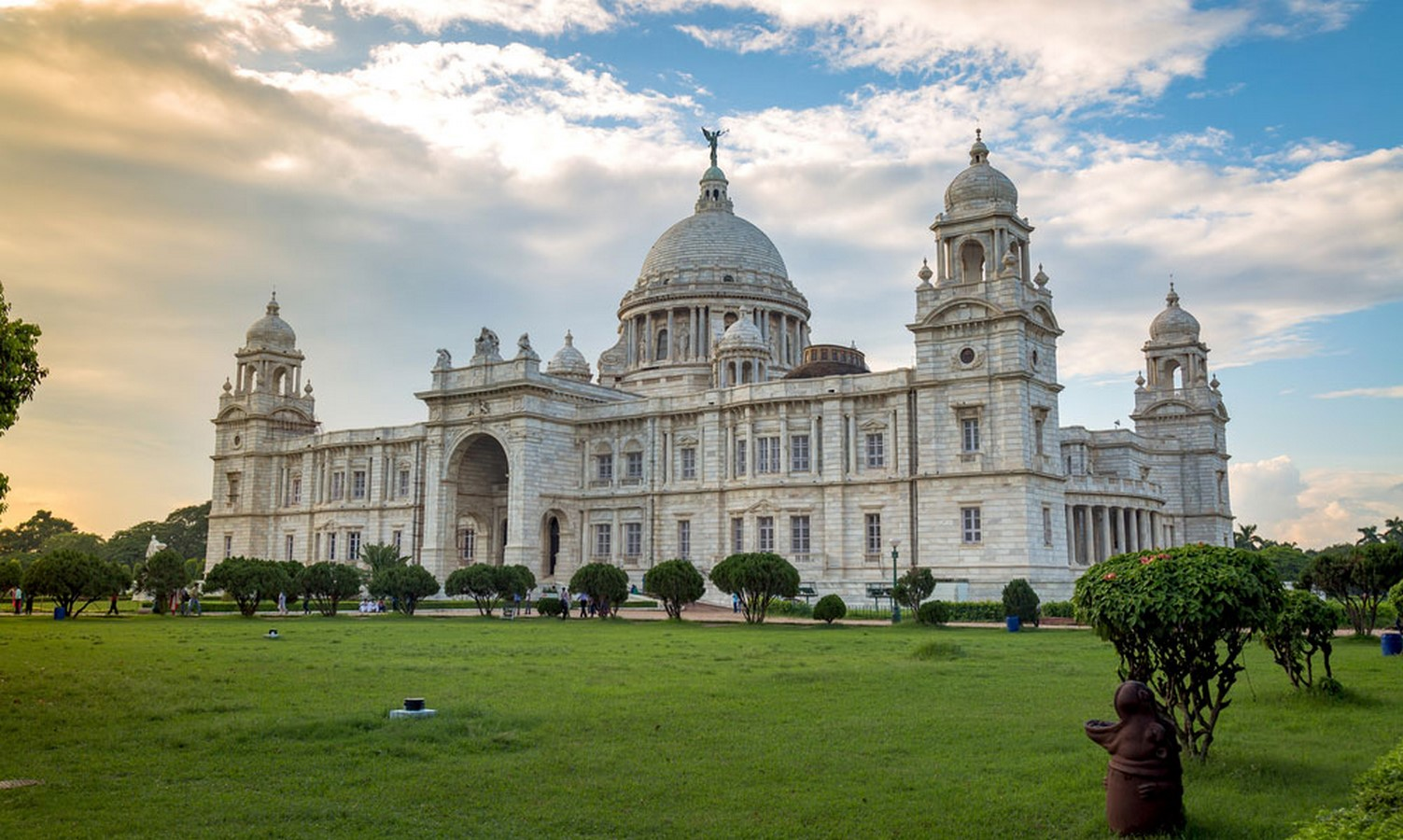 20 Most Influential architects in the history of India - Sheet6