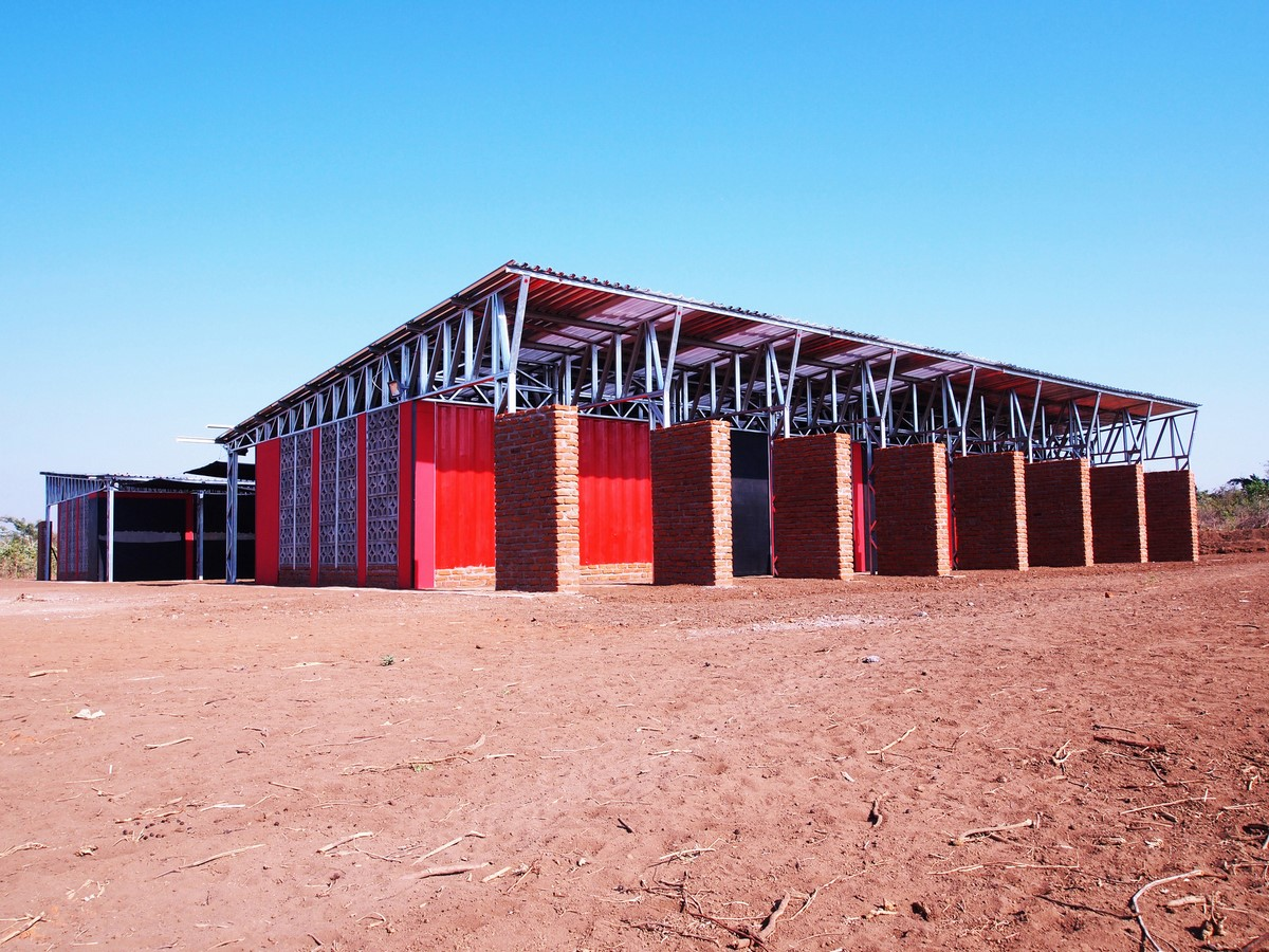 15 Creative uses of Shipping containers - Sheet1
