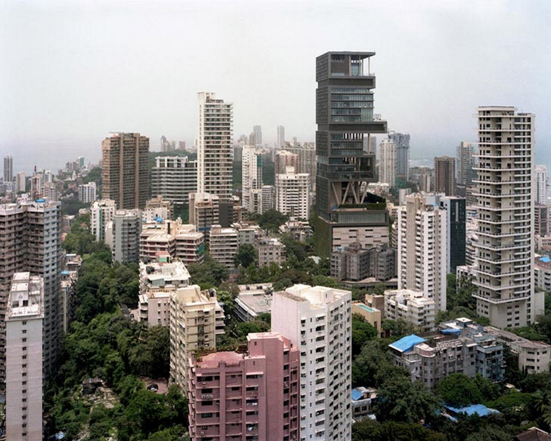 Contrast in the cityscape of Mumbai - Sheet3