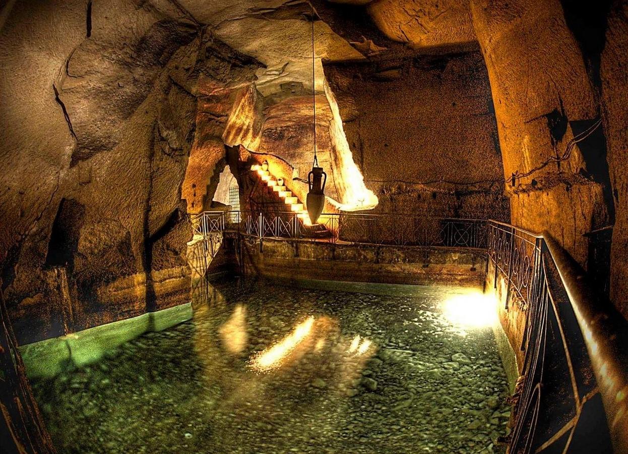 Naples underground - Sheet1