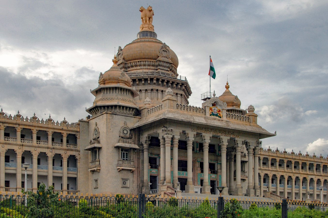 Places to visit in Bangalore for the Travelling Architect -Vidhanasoudha - Sheet2