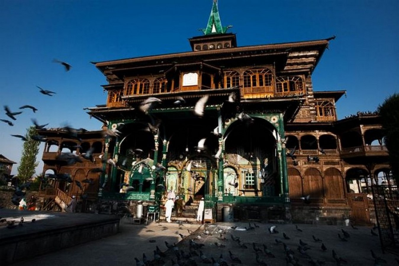 Architecture of Kashmir- Beauty amidst chaos - Sheet7