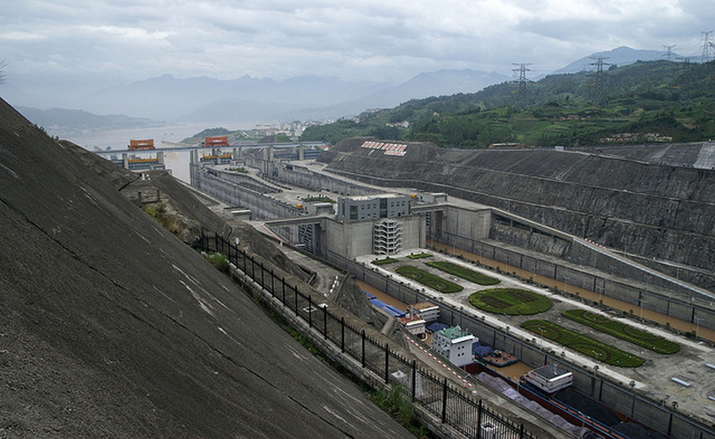 Three Gorges Dam by Pan Jiazheng- The world's Largest hydroelectric dam - Sheet11