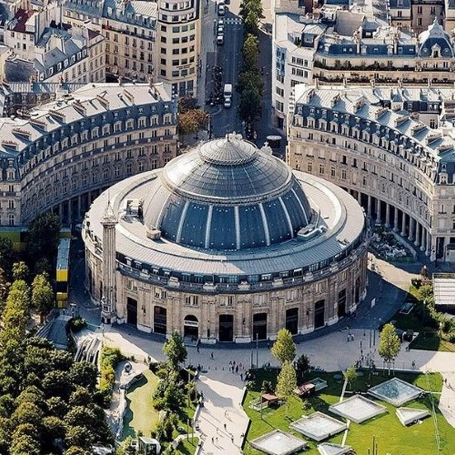 BOURSE DE COMMERCE (PARIS) - Sheet1