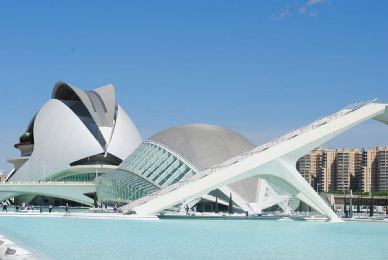 Understanding the design philosophy of Santiago Calatrava - Sheet5