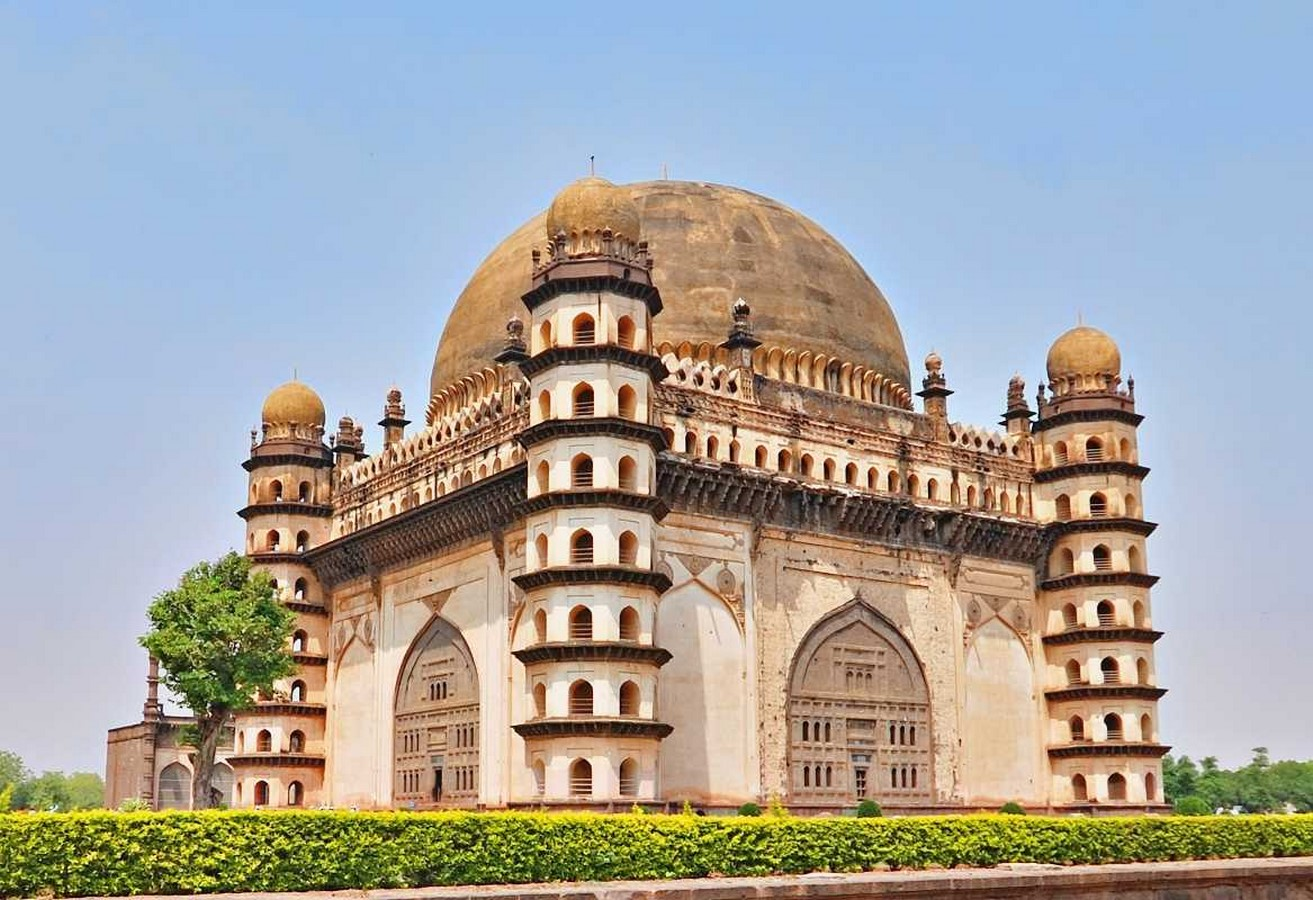 8 Cities in India where Islamic influence on architecture is evident - Sheet9
