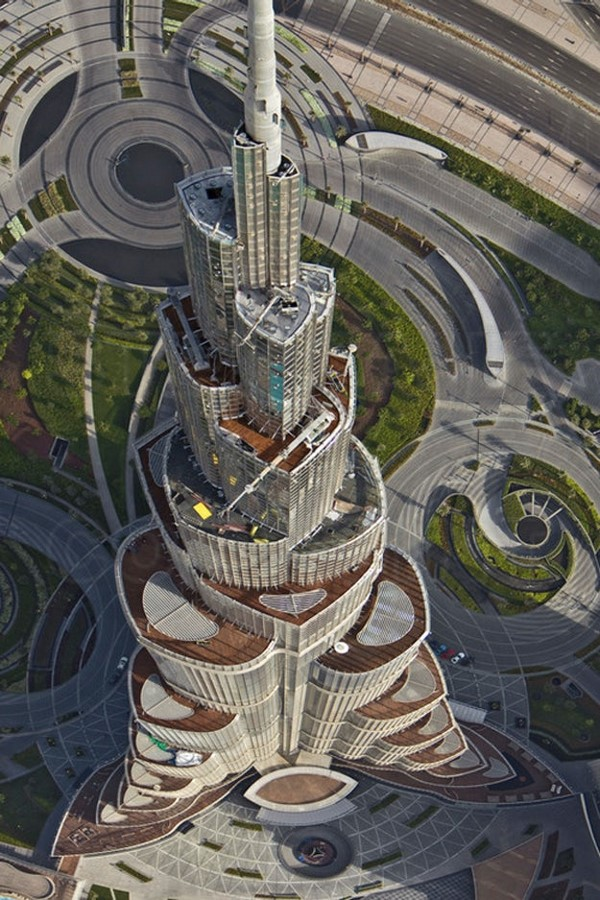 Towering on Tradition: Contemporary Architecture of the UAE. - Sheet4