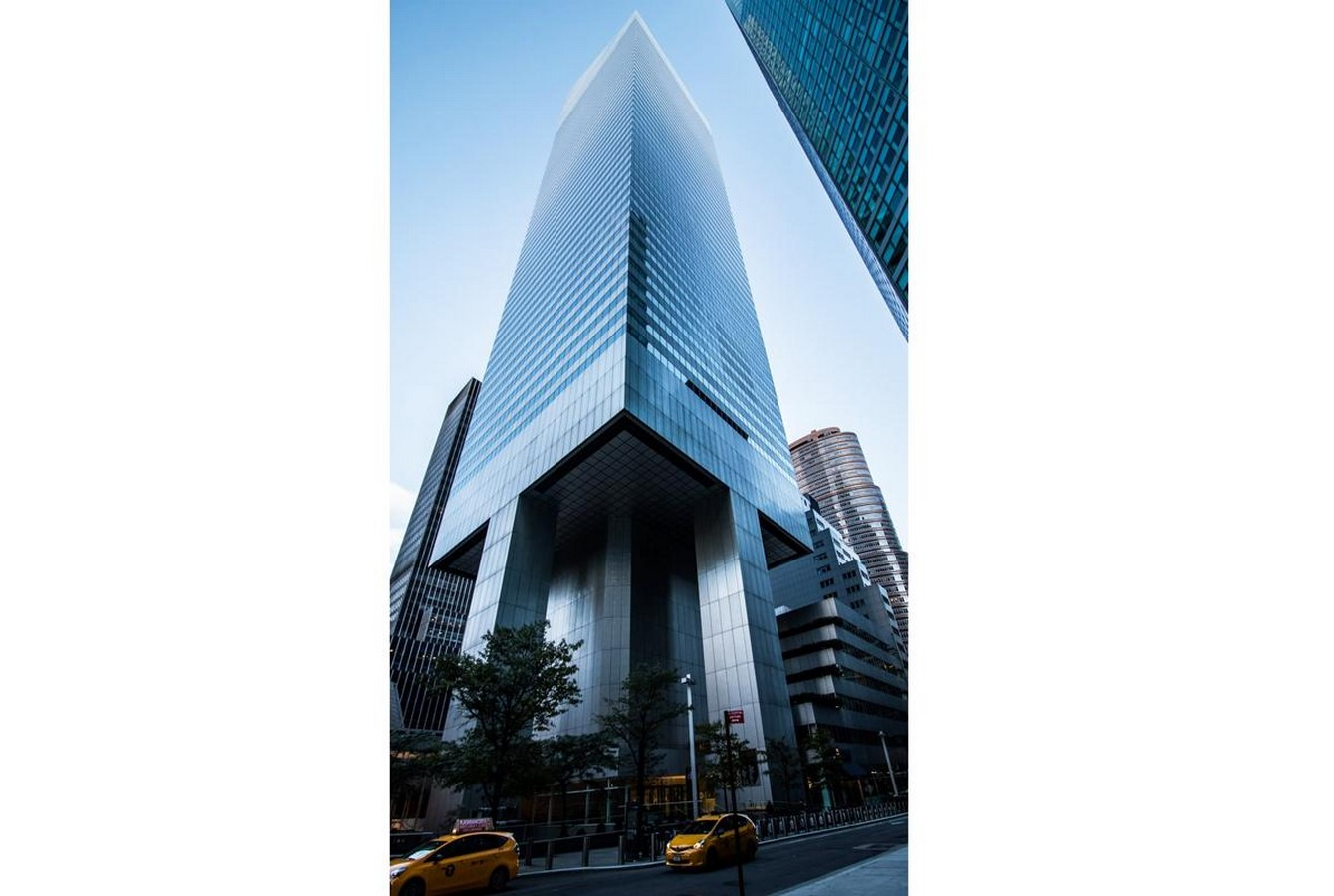 us bank tower earthquake proof features