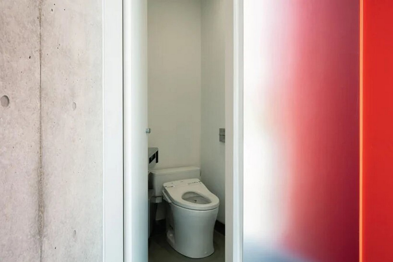 Nao Tamura Designs All red restroom for the Tokyo Toilet Initiative7