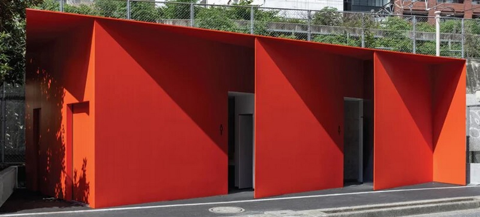 Nao Tamura Designs All red restroom for the Tokyo Toilet Initiative8