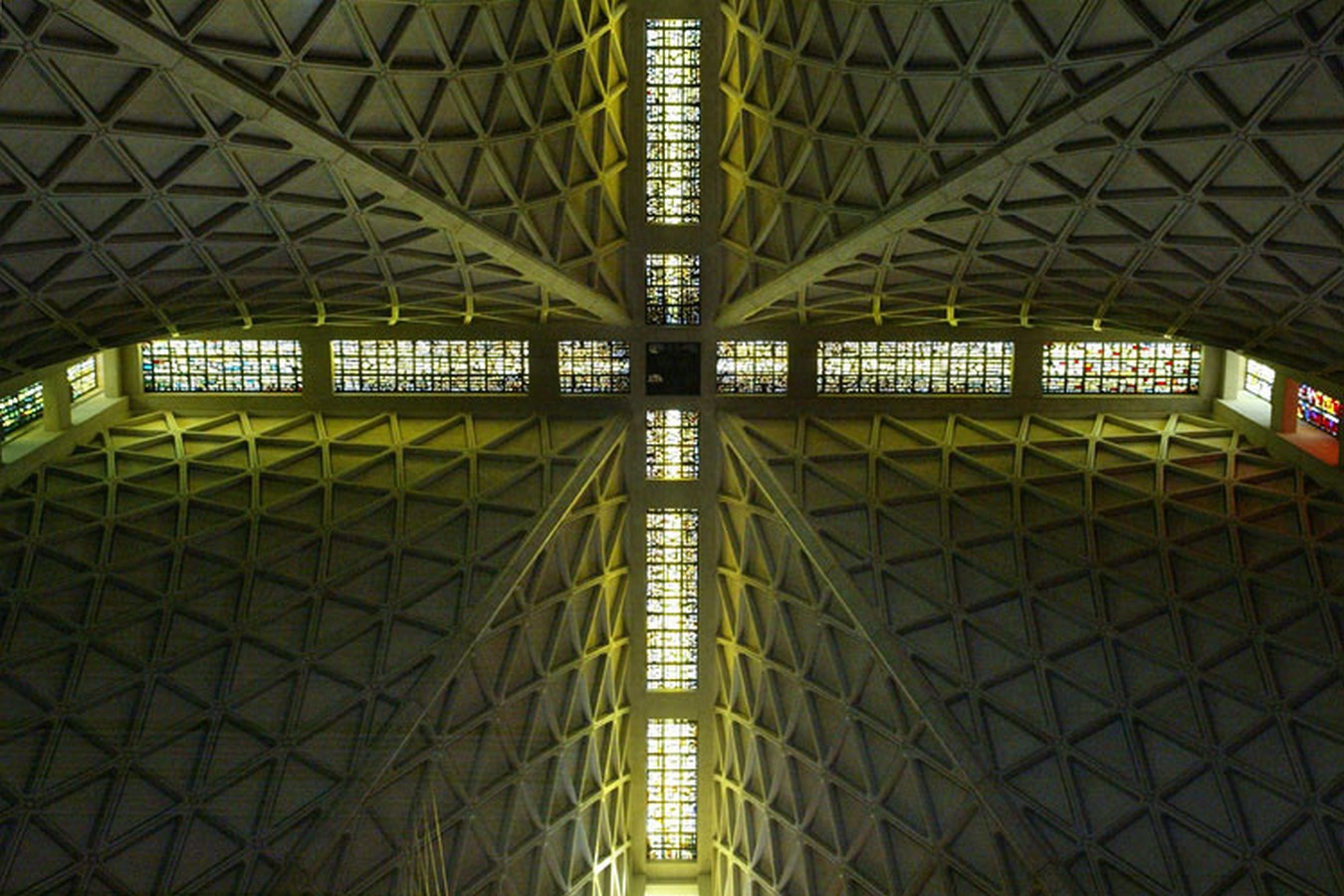 10 Examples of Brutalist Architecture around the world - Sheet4