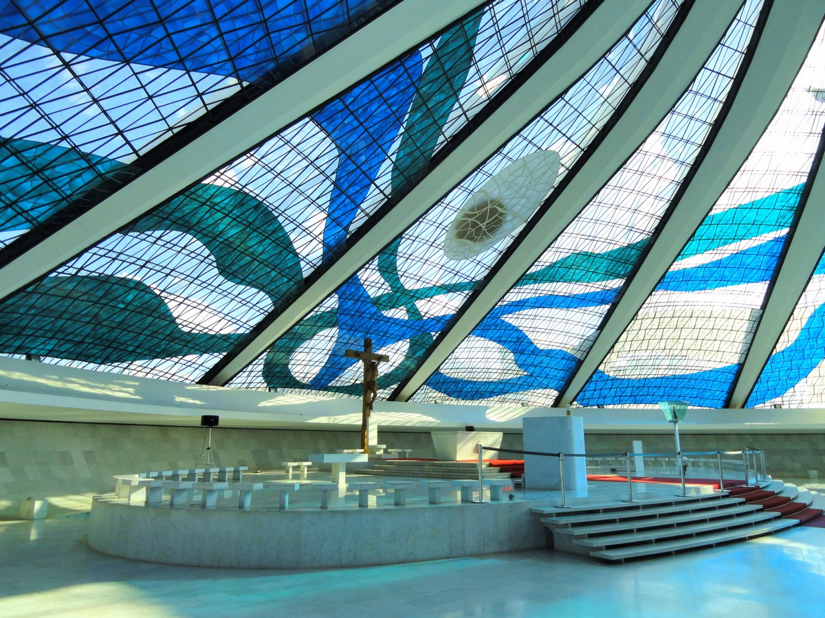 Cathedral of Brasília by Oscar Niemeyer-Hyperbolic structure built from Concrete - Sheet6