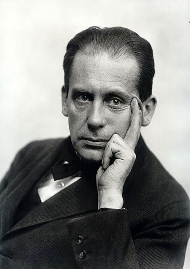10 Things you did not know about Walter Gropius - Sheet1