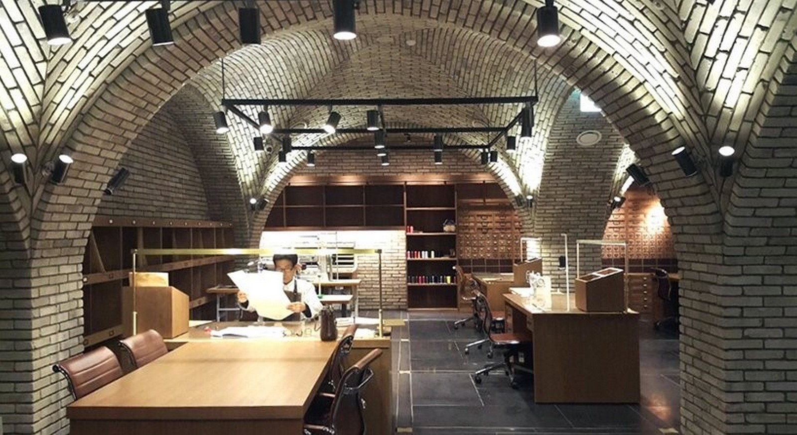 '0914' Flagship Store designed by TRU Architects reflects a co-working village in Seoul - Sheet9