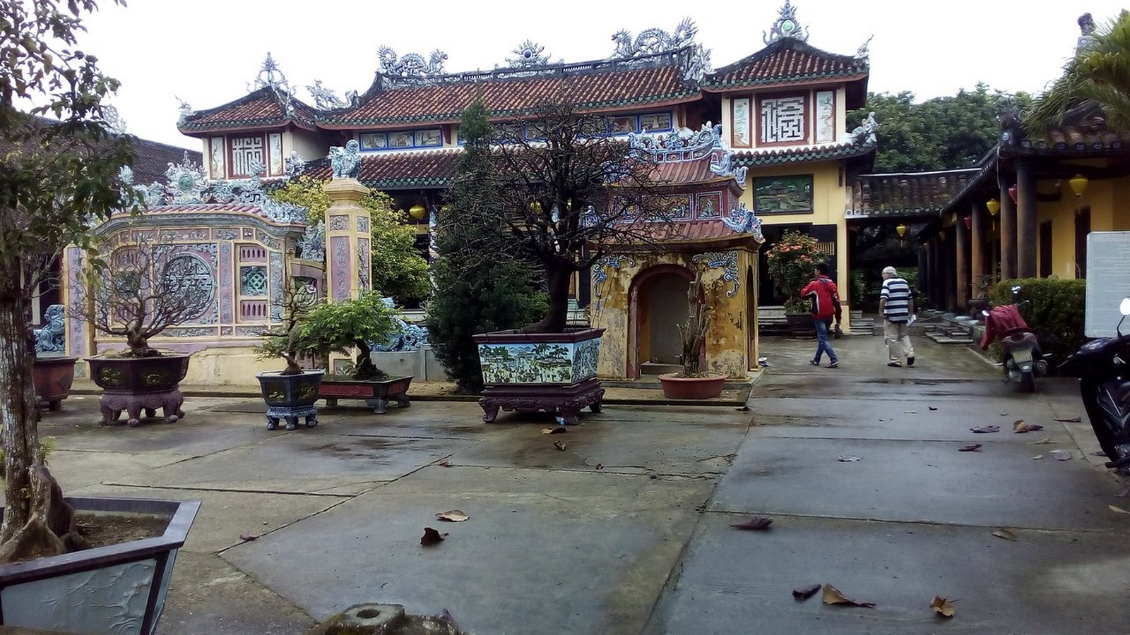 Phuoc Lam Pagoda In Vietnam - Sheet2
