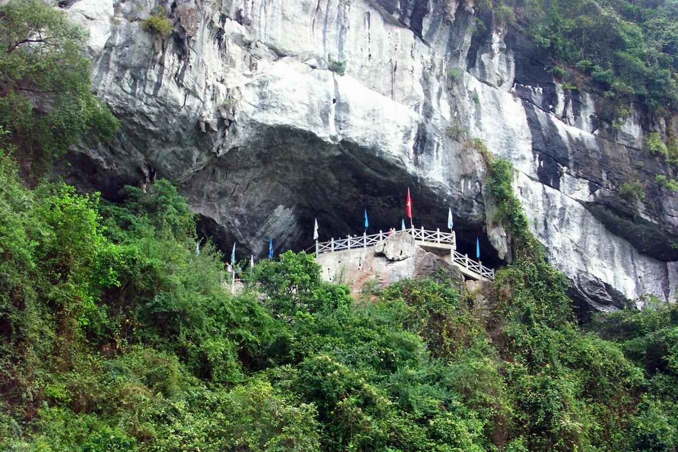 Sung Sot Cave Of Vietnam - Sheet1