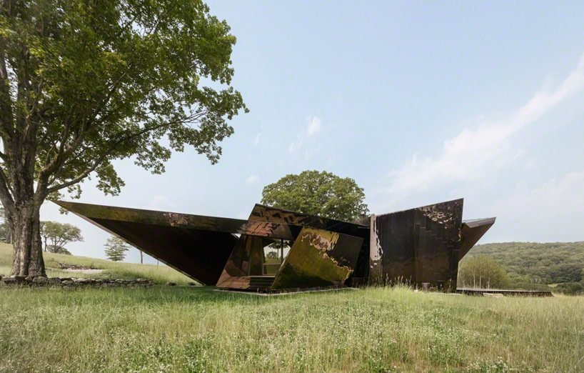 18.36.54 House by Daniel Libeskind: A Sculptural Architecture Masterpiece - Sheet1