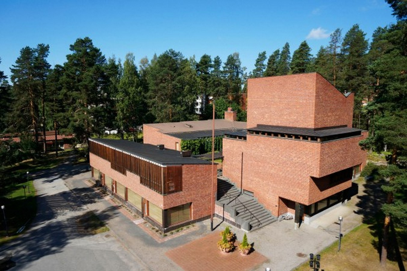 Saynatsalo Town Hall by Alvar Aalto: Collaboration in Architecture - Sheet1