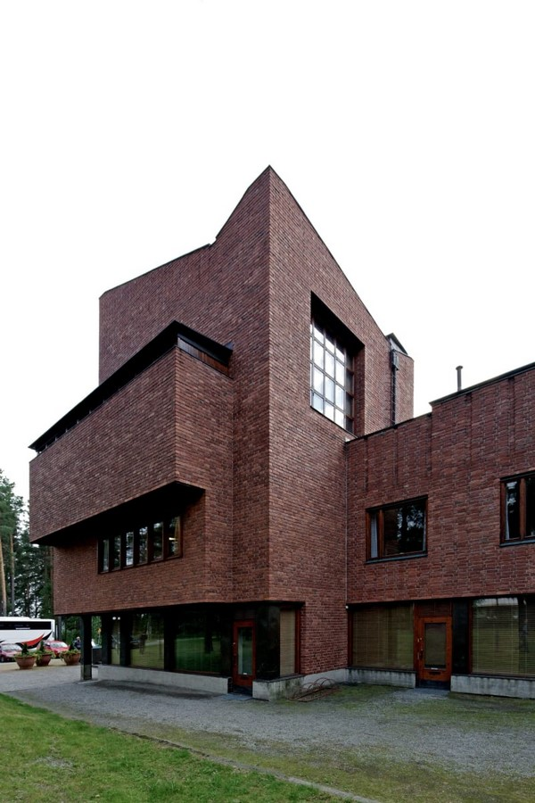 Saynatsalo Town Hall by Alvar Aalto: Collaboration in Architecture - Sheet2