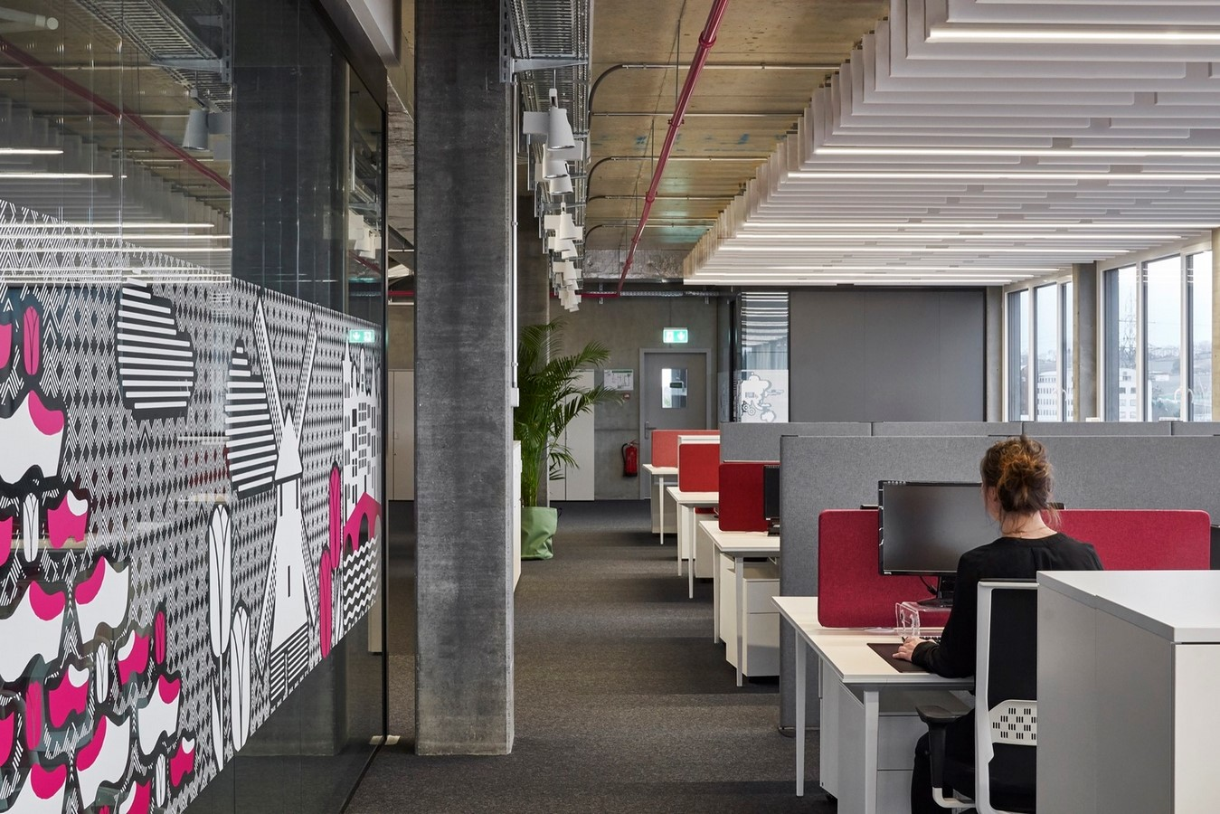 Open plan v/s grids in workplaces- Sheet2