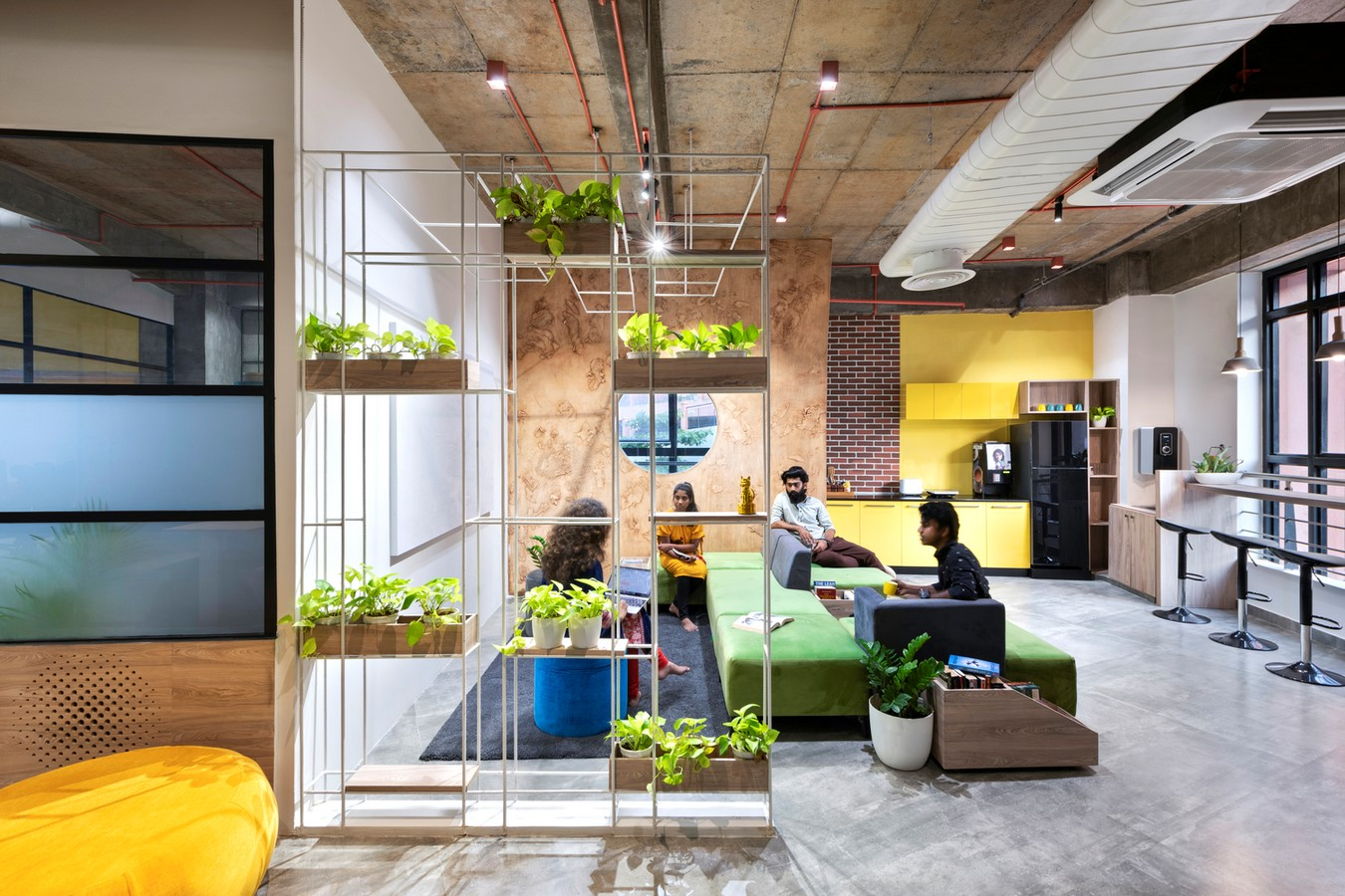 Open plan v/s grids in workplaces- Sheet7