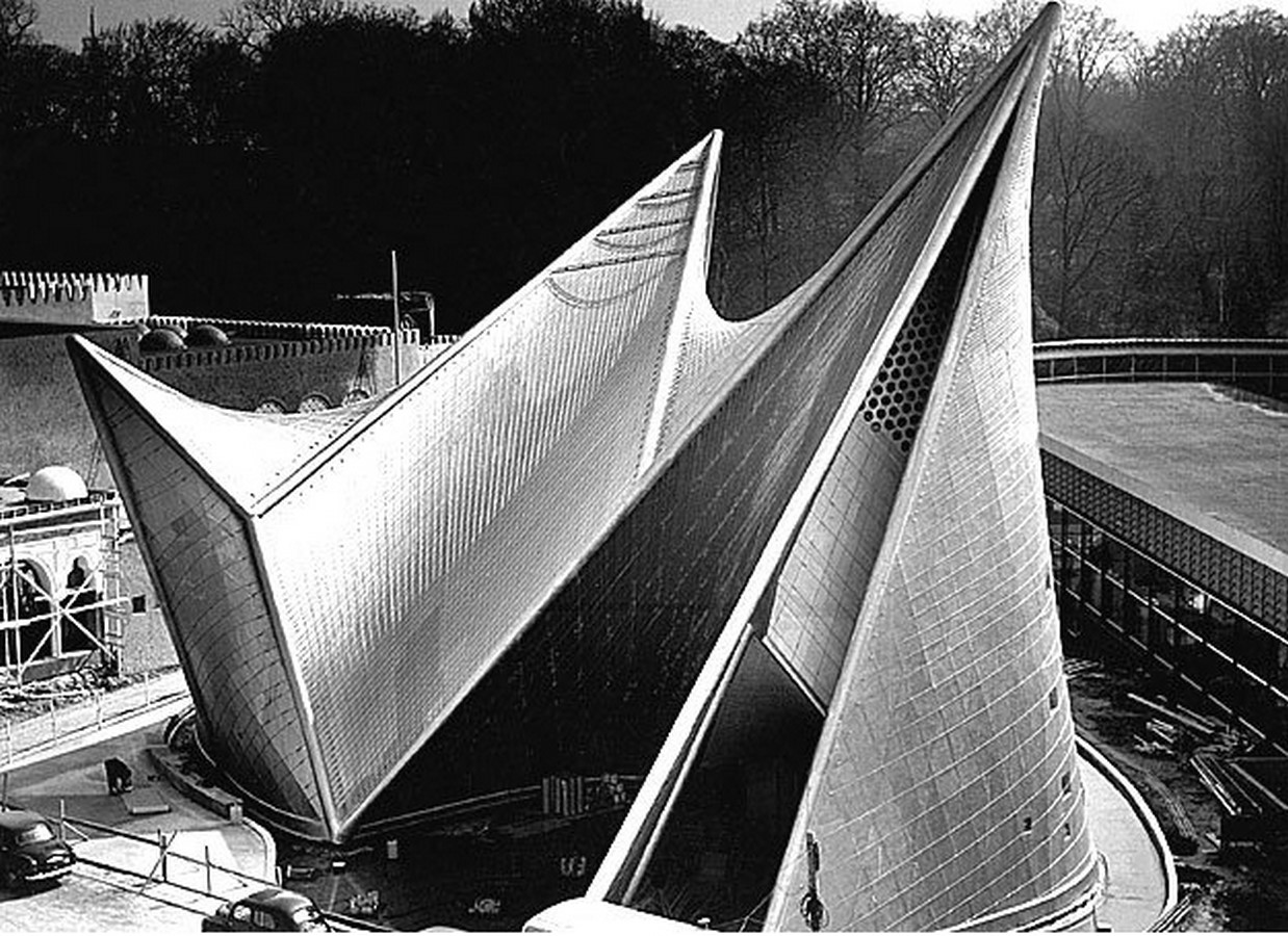 Philips Pavilion, Brussels by Le Corbusier: Organic Synthesis - Sheet2