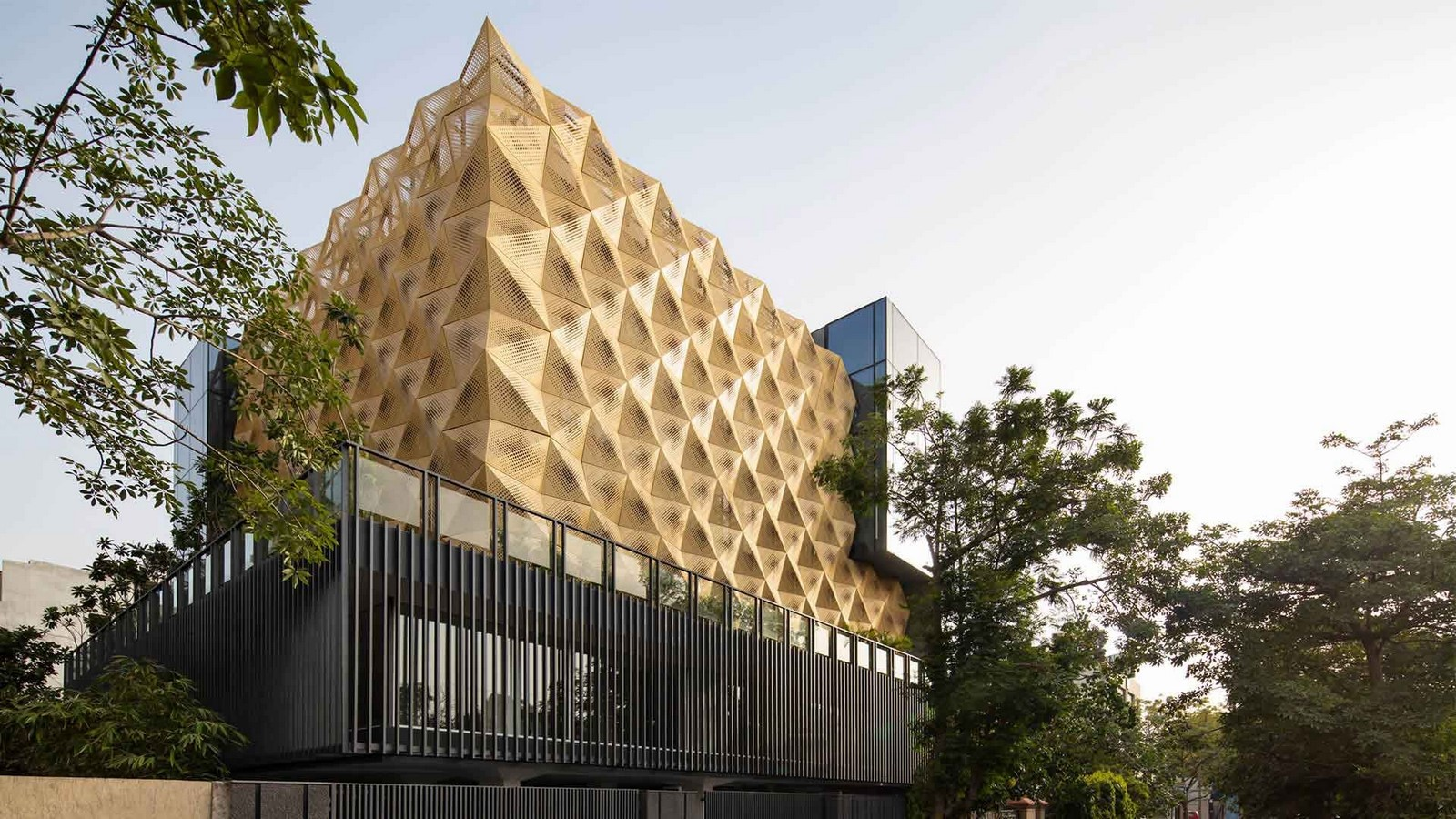 10 Buildings with fascinating facades in India - Sheet5