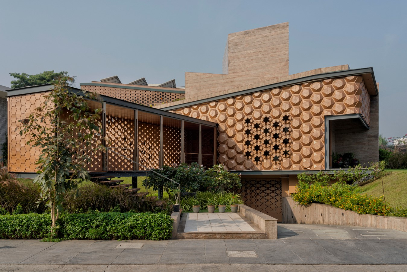 10 Buildings with fascinating facades in India - Sheet6