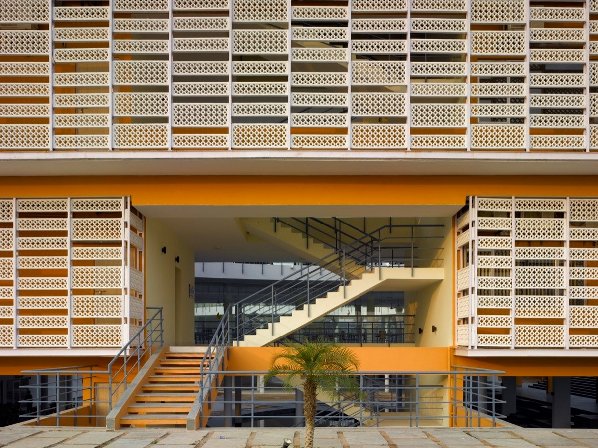 10 Buildings with fascinating facades in India - Sheet8