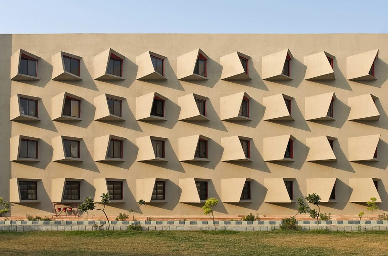 10 Buildings with fascinating facades in India - Sheet9