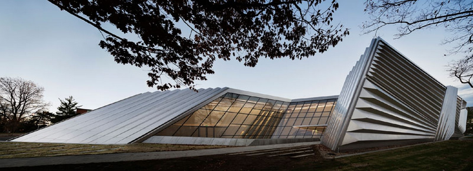 Eli and Edythe Broad Art Museum by Zaha Hadid: Pleated Architecture - Sheet1