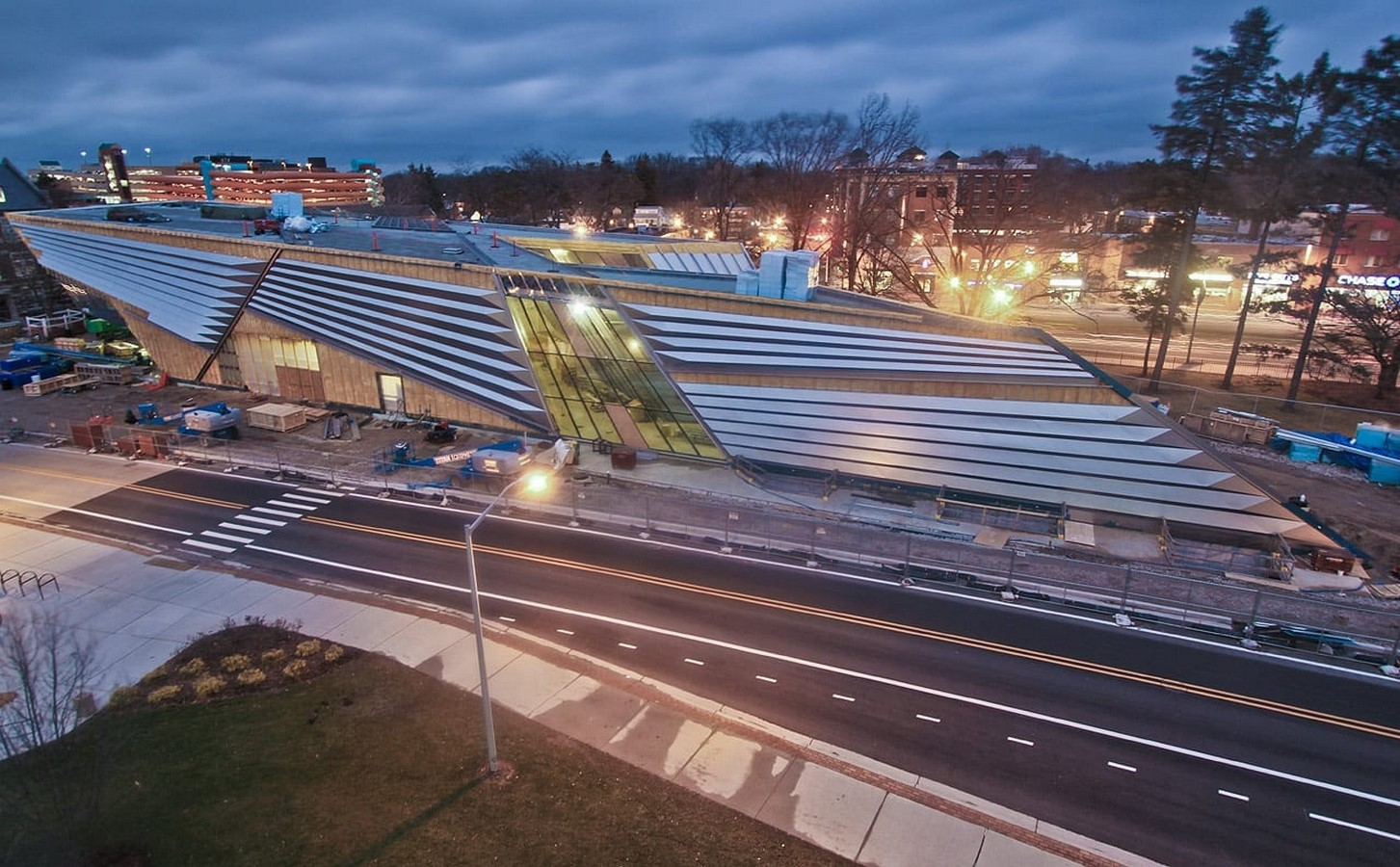 Eli and Edythe Broad Art Museum by Zaha Hadid: Pleated Architecture - Sheet3