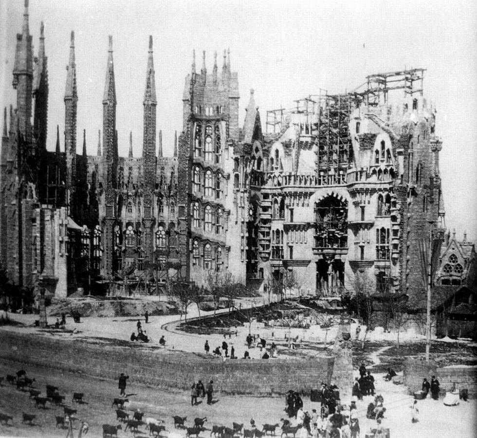 The long history and longer journey of Gaudi's Sagrada Familia- sheet6
