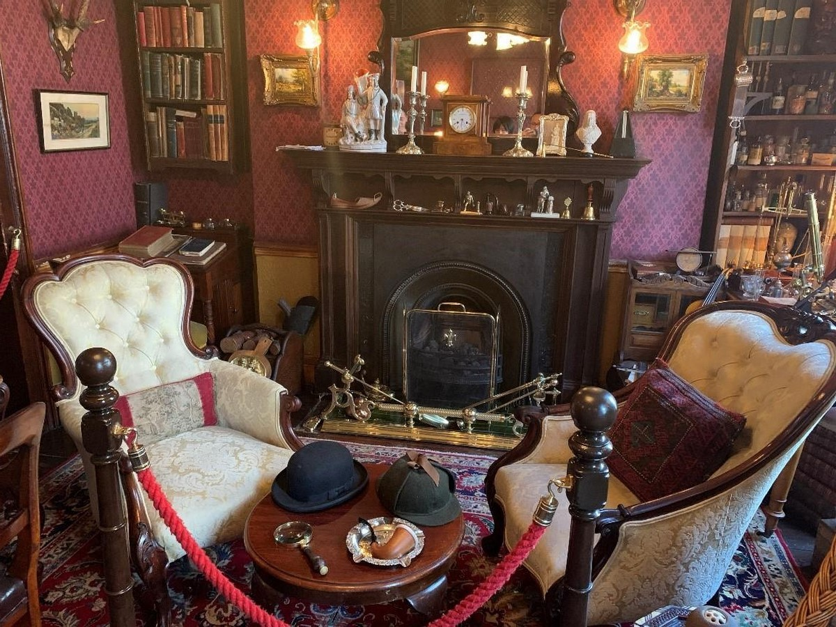 The Sherlock Holmes Museum- sheet2