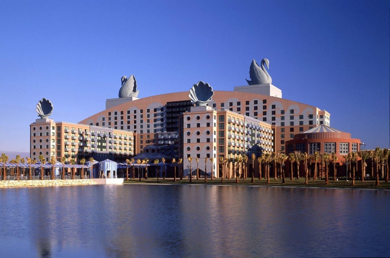 Walt Disney World Dolphin and Swan Hotels, USA- sheet1