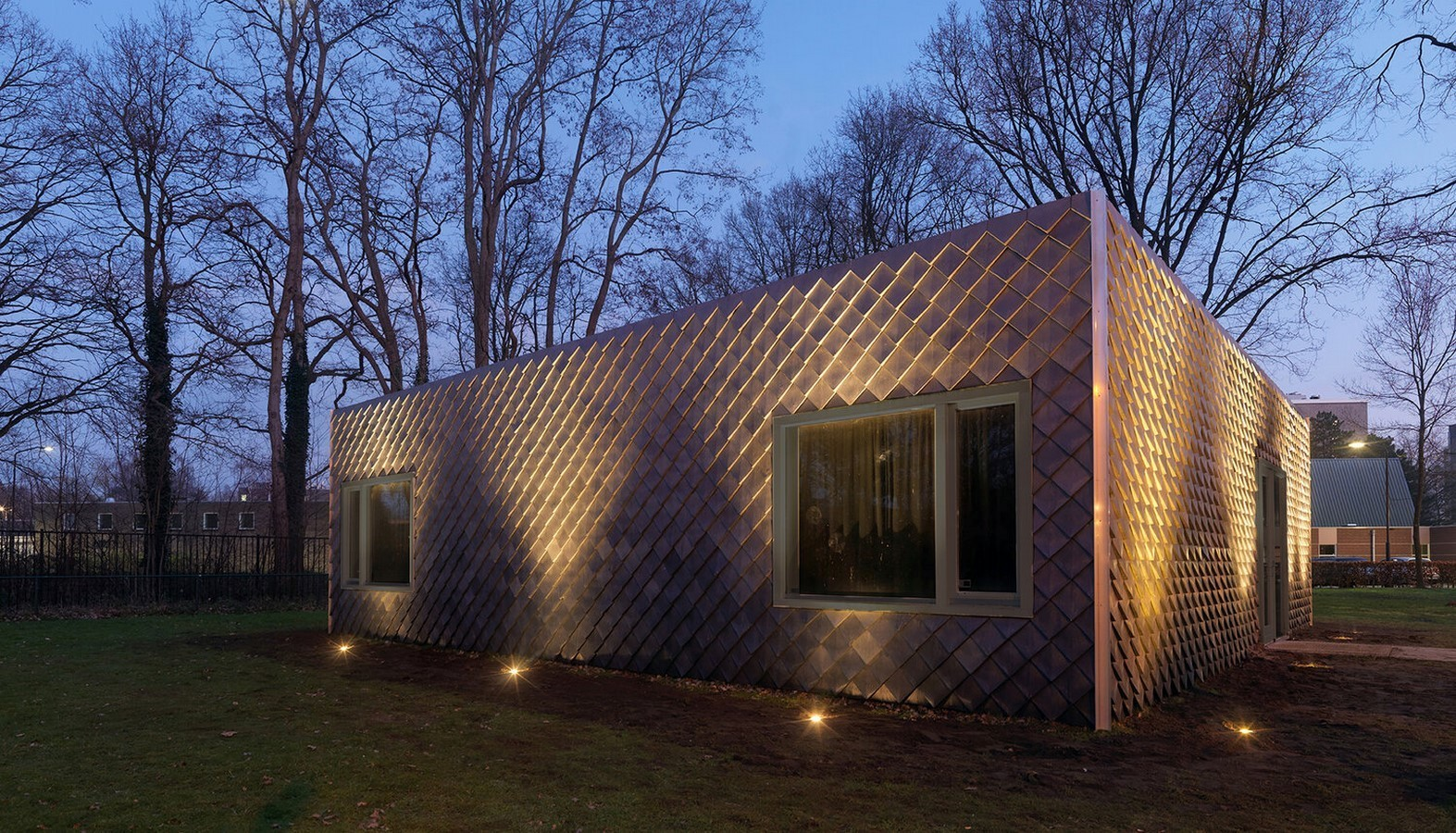 10 Examples of Upcycling in Architecture- sheet4
